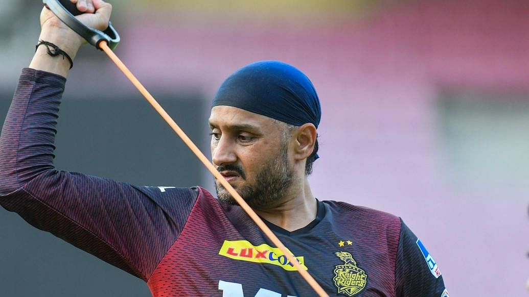 """IPL 2021: """"I Think Harbhajan Singh Is A Different Man Now From Whatever Little I Have Seen Of Him This Week,"""" Says Dinesh Karthik"""