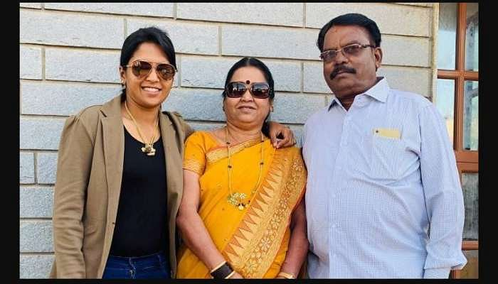 Veda Krishnamurthy's Sister Passes Away Due To COVID-19, 2 Weeks After Her  Mother's Demise